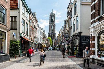Domtoren vanaf de Zadelstraat. van De Utrechtse Internet Courant (DUIC)