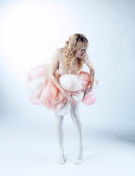Light as a balloon. van Patrycja Izabela Lassocinska