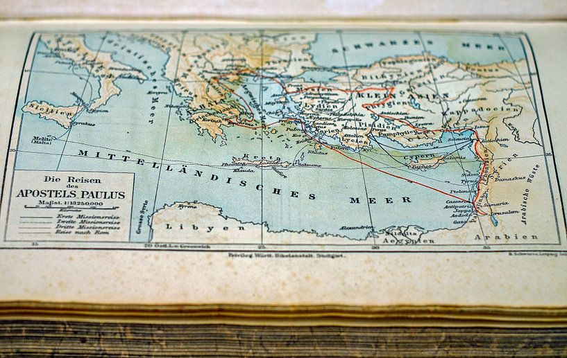 Oude Landkaart in Boek van World Maps