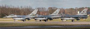 Ready for take-off? Piloten voeren de laatste  voorbereidingen uit voor een take-off van hun F-16 op
