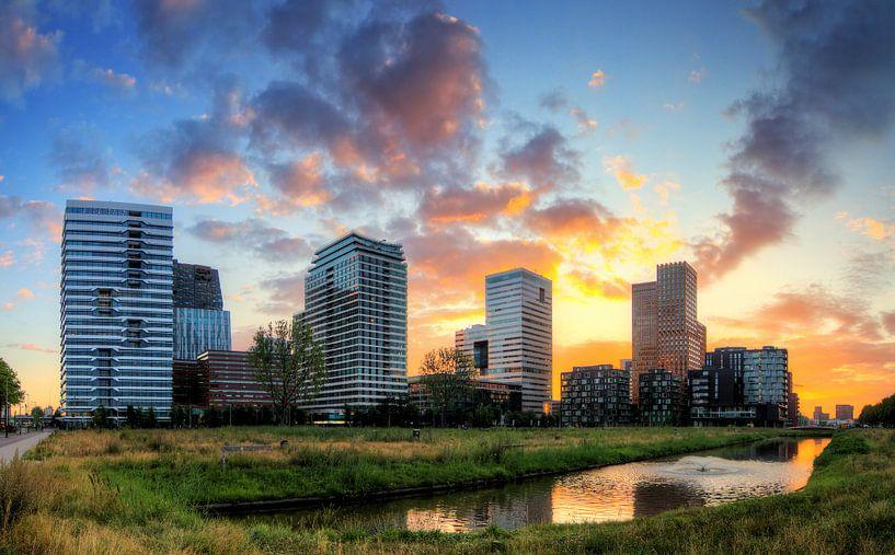 Zuid-as Amsterdam ochtendgloren van Dennis van de Water