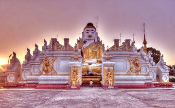 Birma von Nina Olivari