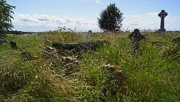 Begraafplaats met oude graven bij St. Andrew's Church in Gorleston-on-Sea. van Babetts Bildergalerie