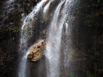 Nepal - Annapurna Track Himalaya - Waterval van Rik Pijnenburg