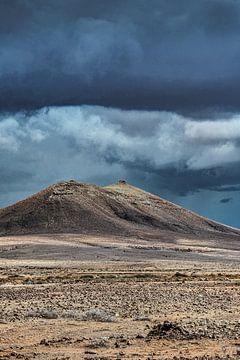Wolkenlucht op het Canarische eiland Fuerteventura van Harrie Muis