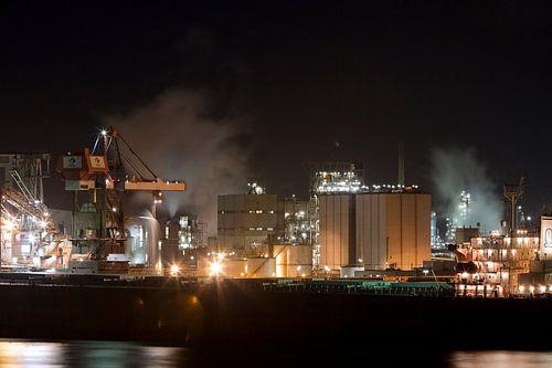 Nachtelijke industrie in de Haven van