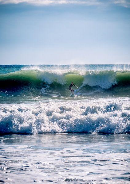 Wave surfing van Jellie van Althuis