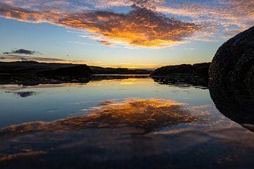 Zonsondergang, Bloubergstrand Beach, Zuid-Afrika van Willem Vernes