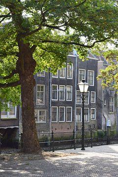Die Pottenkade in Dordrecht von Nicolette Vermeulen
