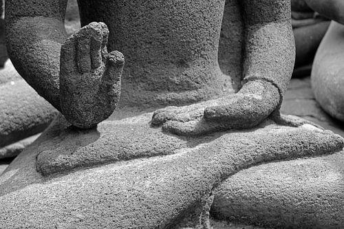 Buddha Hände von laura van klooster