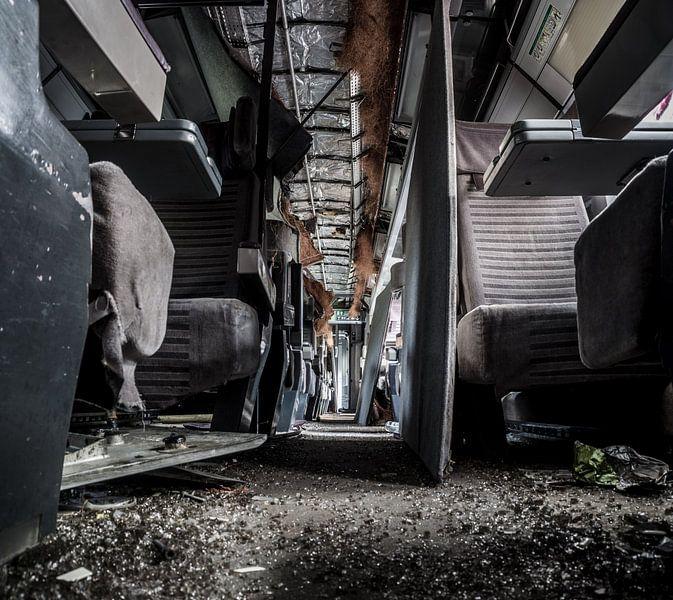 Abandoned Eurostar-train set  von Willem van den Berge