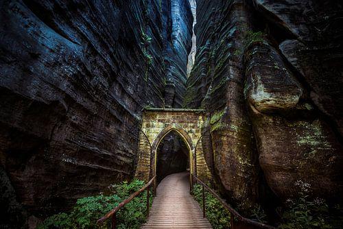 Een mysterieuze poort van