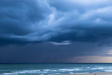 Onweersbui voor kustTexel von Waterpieper Fotografie