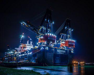 Sleipnir en Thialf in de haven van Rotterdam