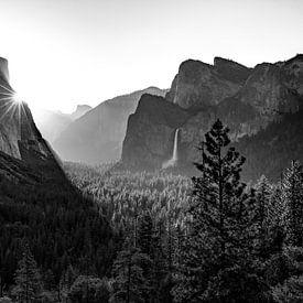 Sonnenaufgang im Yosemite Valley van Thomas Klinder
