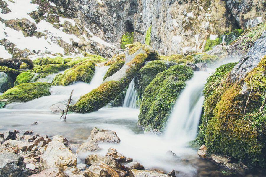 Waterval in Oostenrijk van Marjolijn Barten