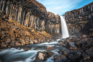 Svartifoss, la cascade noire du sud de l'Islande sur Gerry van Roosmalen