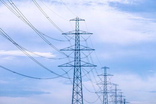 Elektriciteitspalen in Pastel