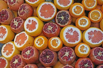 Heerlijk vers fruit vol van gezonde vitaminen van Gert van Santen