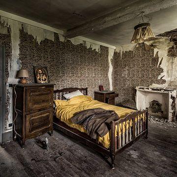 Urbex fotografie in een verlaten kasteel in de Auvergne, Frankrijk van