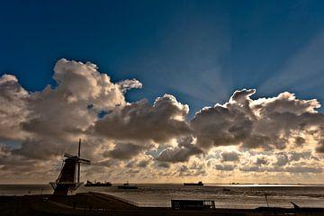 cloudy van marijn kluijfhout