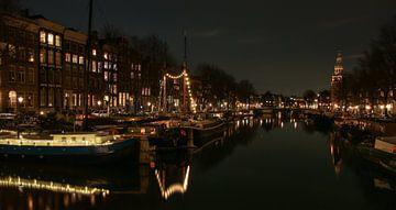 Amsterdam Waalseilandgracht met Montelbaanstoren van FotoBob