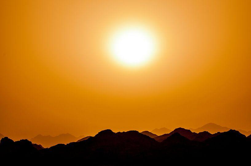 Desert Sun van Alex Hiemstra