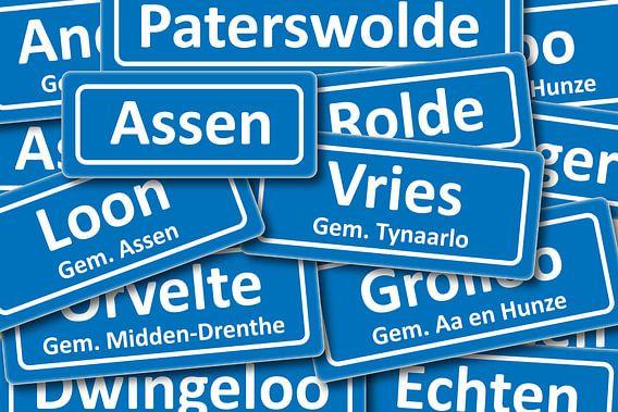 Verkeersbord plaatsnamen in Drenthe