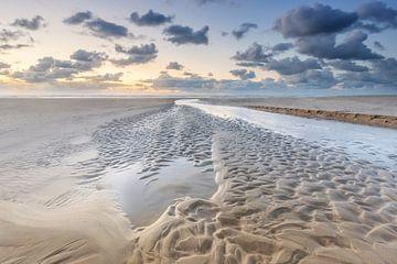 Zandstructuren Noordzeestrand Terschelling von Jurjen Veerman