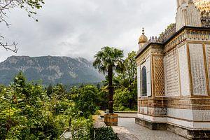 Pavillon mauresque dans le parc du palais de Linderhof en Bavière, Allemagne, Europe. sur WorldWidePhotoWeb