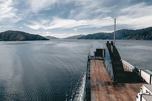 Mit dem Boot auf die andere Seite des Wassers von Sophia Eerden