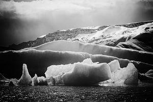The Serenity of Icebergs