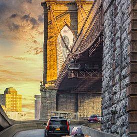 Yellow Cab Brooklyn bridge van John van den Heuvel
