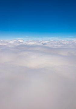 Über den Wolken von Inge van den Brande