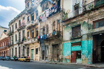 Kleurrijk Havana, colorful 4 van Corrine Ponsen