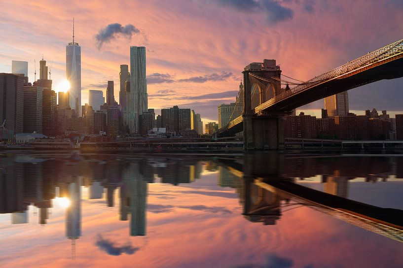 Manhattan sunset van Vincent Xeridat