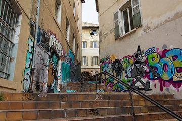 Streetart in Marseille van Marian Sintemaartensdijk