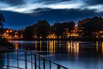 Donau bij nacht van Oguz Özdemir