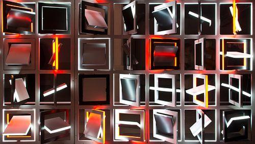 Glow Framework in color van Greetje van Son