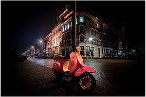 Pink scooter van