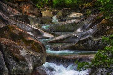 Garganta de los Infiernos, waterval in Valle del Jerte, Spanje. van Iris Heuer