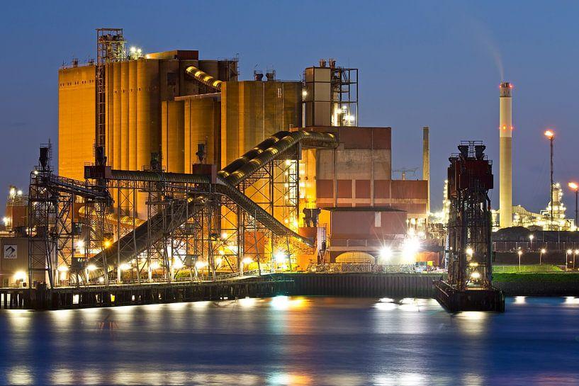 ADM nachtfoto Rotterdamse haven van Anton de Zeeuw