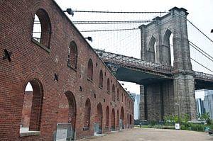 Brooklyn Bridge van Jacintha Van beveren