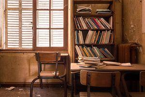 Bureau in Verlaten College.