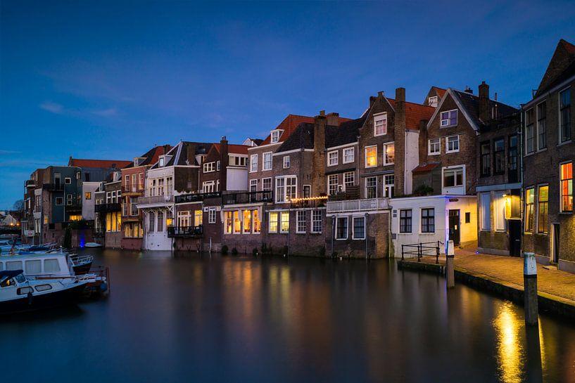 Dordrecht-Wijnhaven at night van Jan Koppelaar