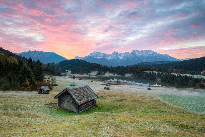 Frosty morning at Lake Gerold in Bavaria van Michael Valjak