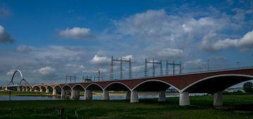 De Oversteek bij Nijmegen  von Waldo Kranenburg