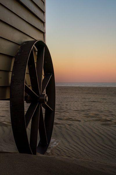 Strandhütte , bereit für den Sommer von Rik Verslype