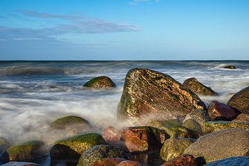 Steine an der Ostseeküste bei Warnemünde von Rico Ködder