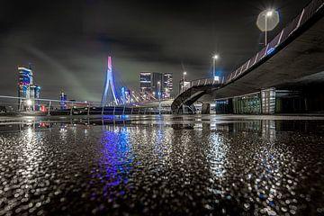 Rotterdam - Erasmus-Brücke - Linien - Reflektion von Fotografie Ploeg